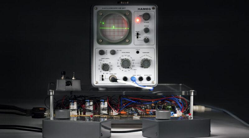 Osciloscopio usado para el primer videojuego