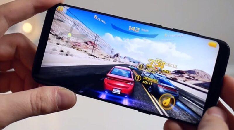 Uso del giroscopio en el celular mediante un juego